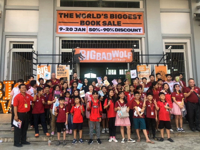 The World's Biggest Book Sale Pivots to Digital in Cambodia to Keep Book-lovers Captivated