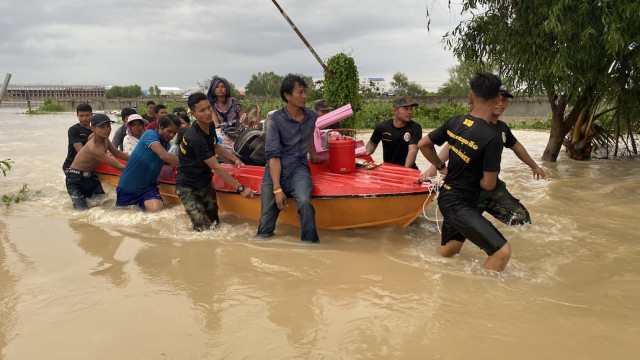 The US Pledges $100,000 in Aid to Help Cambodia Deal with Floods
