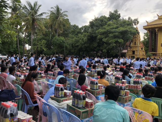 China provides relief aid to flood-stricken victims in Cambodia