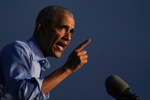 Obama warns against complacency over Biden poll lead